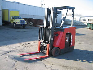 2004-RAYMOND-FORKLIFT-DOCKSTOCKER-PACER-3000-188-LIFT-MN-DSS300-RUNS-GREAT