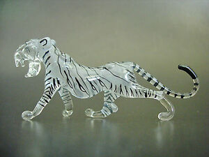 Glass-WHITE-TIGER-Stripy-Wild-Cat-Beautifully-Painted-Coloured-Glass-Ornament