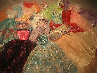 Lot dress/ clothes 5 dresses 10 prs shoes 5 hangers/ for barbie doll new mix #12 on Rummage