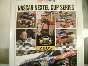 2005-TONY-STEWART-UMI-NEXTEL-CUP-YEARBOOK