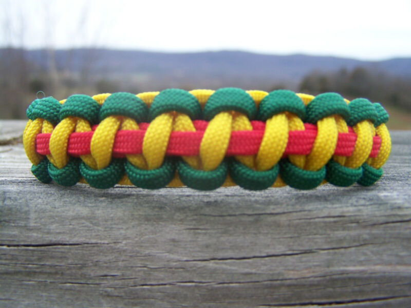 Custom U.S. Military Vietnam Veteran Paracord Bracelet Army Navy USMC Air Force