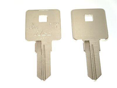 Harley Davidson Sportster Keys 2001 2003 2004 2005 2006 1995 Key Blanks X234