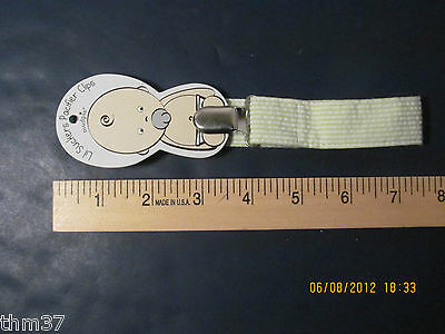 Mud Pie Lil Sucker Pacifier Clip R$5.99 Green Our 1210