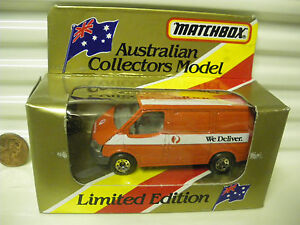 Matchbox-MB60G-1981-Australia-Post-WE-DELIVER-Ford-transit-Van-Mint-in-Excnt-Box