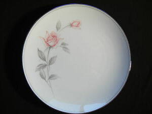 NORITAKE-ROSEMARIE-8-1-4-INCH-LUNCHEON-SALAD-PLATES-6044-PINK-ROSE