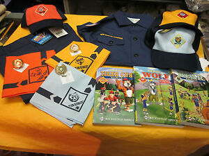 ONE-COMPLETE-OFFICIAL-CUB-SCOUT-UNIFORM-SET-TIGER-WOLF-OR-BEAR-YOUR-CHOICE