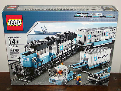 Lego Maersk Train 10219 Nisb Containers Locomotive Truck 3 Minifigures Retired