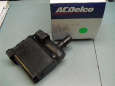 Avalanche Escalade Tahoe Suburban Revised Canister Vent Valve GM 99-05 15759044