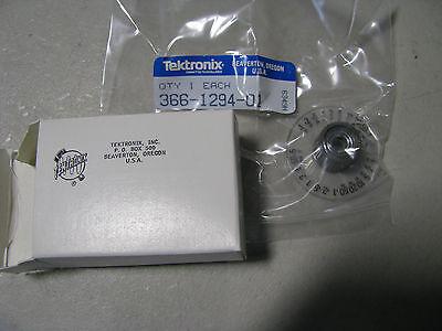 Tektronix Knob 366-1294-01 Nsn 5355-00-343-4281