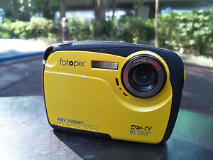 16MP-max-underwater-digital-camera-IPX8-waterproof-HD720p-4X-zoom-yellow