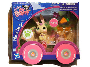 LITTLEST PET SHOP PETS ON THE GO. PET & VEHICLE SETS. 8 TO CHOOSE FROM. Age 4+.