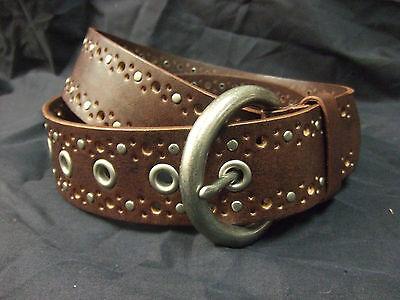Great Looking Ladies Leather Western Belt Brown Size Medium