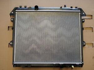 RADIATOR-DENSO-FTF-TOYOTA-HILUX-KUN26R-KUN16R-3-0L-DIESEL-4X4-4X2-Manual-2005