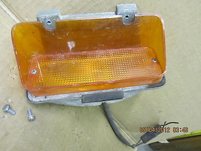 CHRYSLER NEW YORKER 72 1972 PARKING LIGHT TURN SIGNAL PASSENGER RH RIGHT