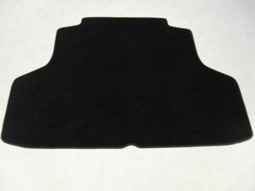 Lexus IS200 1999-2005 Tailored Boot Mat in Black