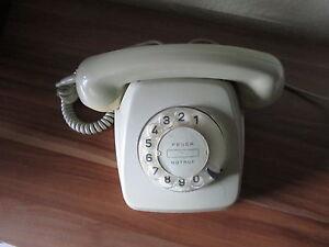 altes telefon von der deutschen post mit w hlscheibe grau vermutlich von 1971 ebay. Black Bedroom Furniture Sets. Home Design Ideas