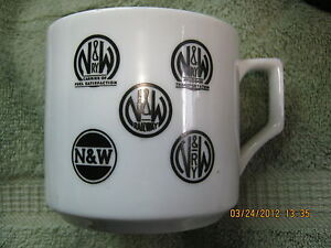 NW-N-W-Norfolk-Western-Railway-Ceramic-Coffee-Mug-3-1-4-H-3-1-2-W-Railroad-RR