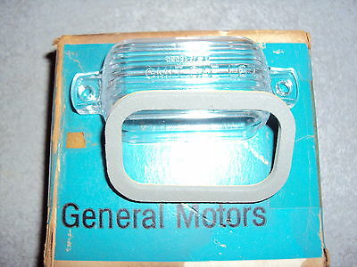 Buick Chevy Pontiac GTO Oldsmobile 442 License Plate Lens Lense Gasket NOS GM