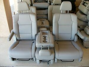 2011-2015-HONDA-ODYSSEY-new-unused-2-BUCKET-SEATS-MIDDLE-SEAT-GRAY-LEATHER