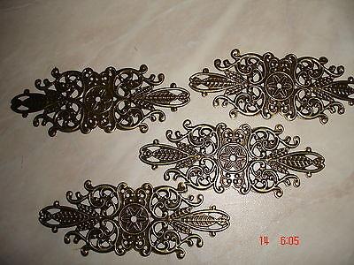 4 Stück Zierteil Metall  altmessing G3610