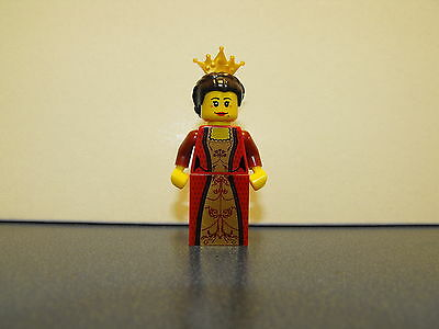 Lego Castle Kingdoms - Queen With Gold Tiara Minifigure