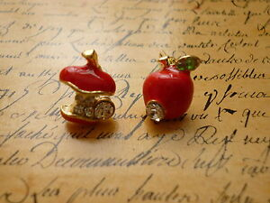 Kitsch-Quirky-Red-Apple-Core-Crystal-Detailed-Costume-Jewellery-Stud-Earrings