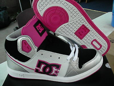 Women's Dc Skate Shoes University Mid Size 6 Us With Box