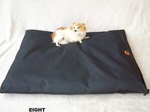 DOG BED KENNEL MAT  HEAVY DUTY WATERPROOF FLEA FREE X LARGE LARGE  SMALL MEDIUM