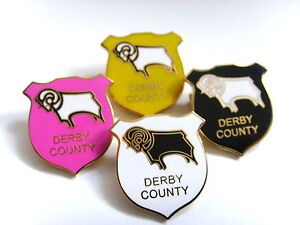 Derby-County-Ram-Shield-brooch-badge-football-badge