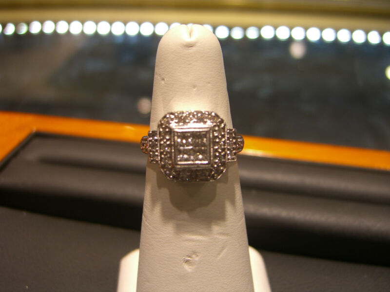 Womens Fine 18 Karat White Gold Invisible Set Diamond Ring New Wow!