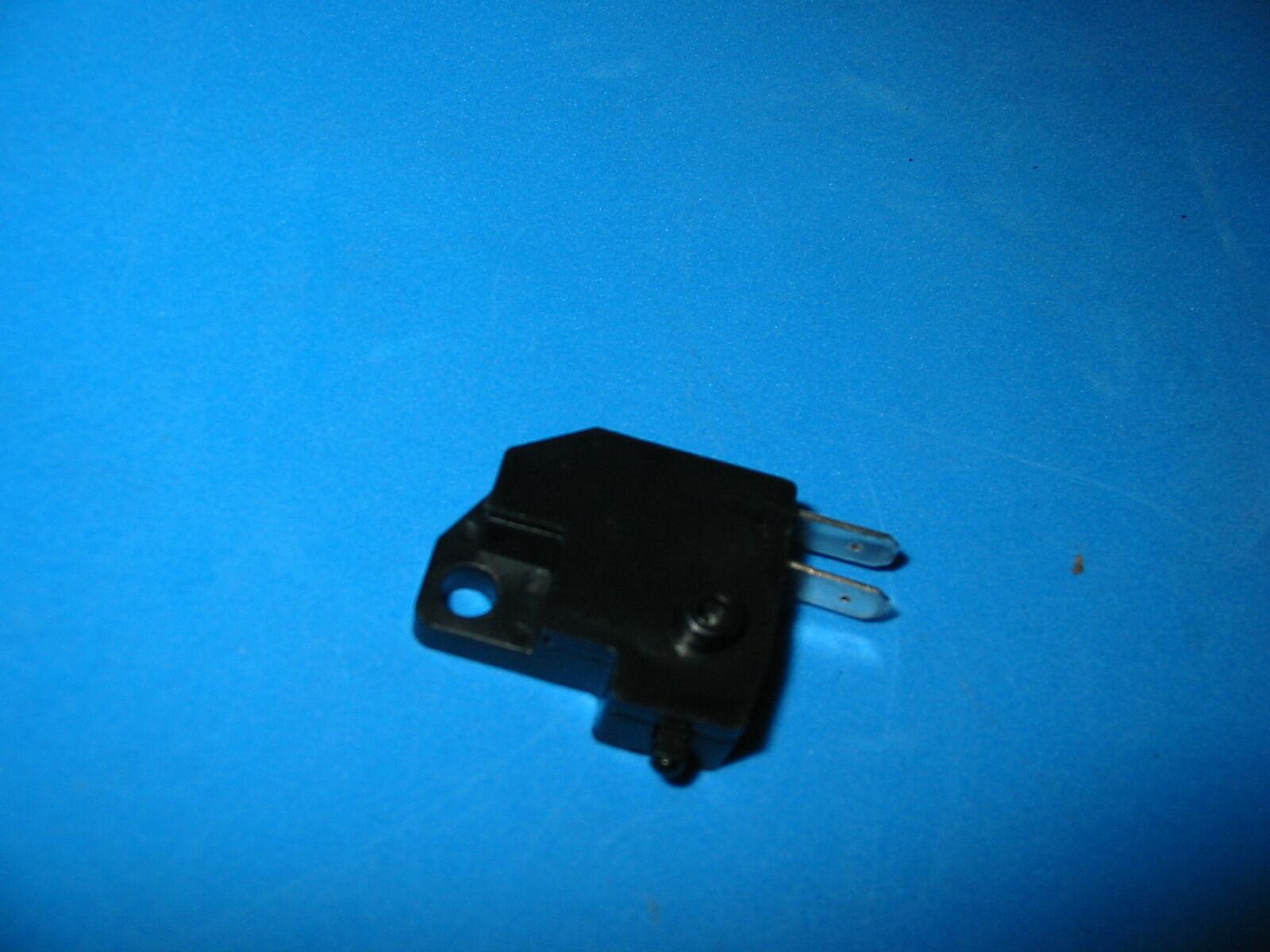 Suzuki Gn125 Dr200 Gz250 Dr350 Gsf400 Gs500 Gsf600 Bandit Front Brake Switch