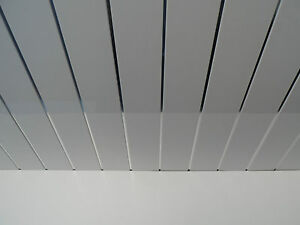 9 white gloss bathroom ceiling panels with chrome strips for Bathroom t g cladding