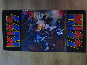 KISS-ALIVE-BEACH-SPORT-amp-HOME-TOWELS-MEGA-RARE