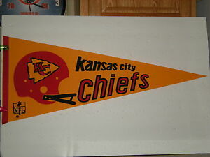 Vintage Full Size 70s Kansas City Chiefs Felt Pennant Super Bowl