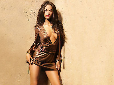 Megan Fox Unsigned 8X10 Photo  2