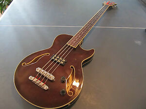 ibanez agb140 artcore fretless semi hollow bass guitar no bottom strap lock ebay. Black Bedroom Furniture Sets. Home Design Ideas