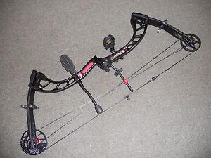 PSE-Stinger-3G-60-70-2012-R-H-2-Custom-Kit-set-Up-all-BLACK-bow