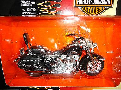 Maisto Harley Davidson Flstc Heritage Softail Classic 2000 Black S27 1/18