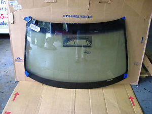 2001 2005 Honda Civic 4 Door Sedan Windshield Glass Pgw