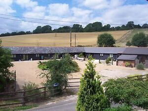 KENT SELF CATERING COTTAGE - Early Mother's Day family break, rural location