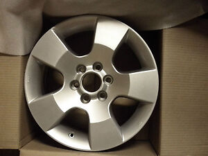 NISSAN-navara-D40-Alloy-Wheels-4WD