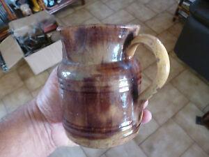 ancien pichet broc pot a lait poterie a identifier savoie cluny val de saone ebay. Black Bedroom Furniture Sets. Home Design Ideas