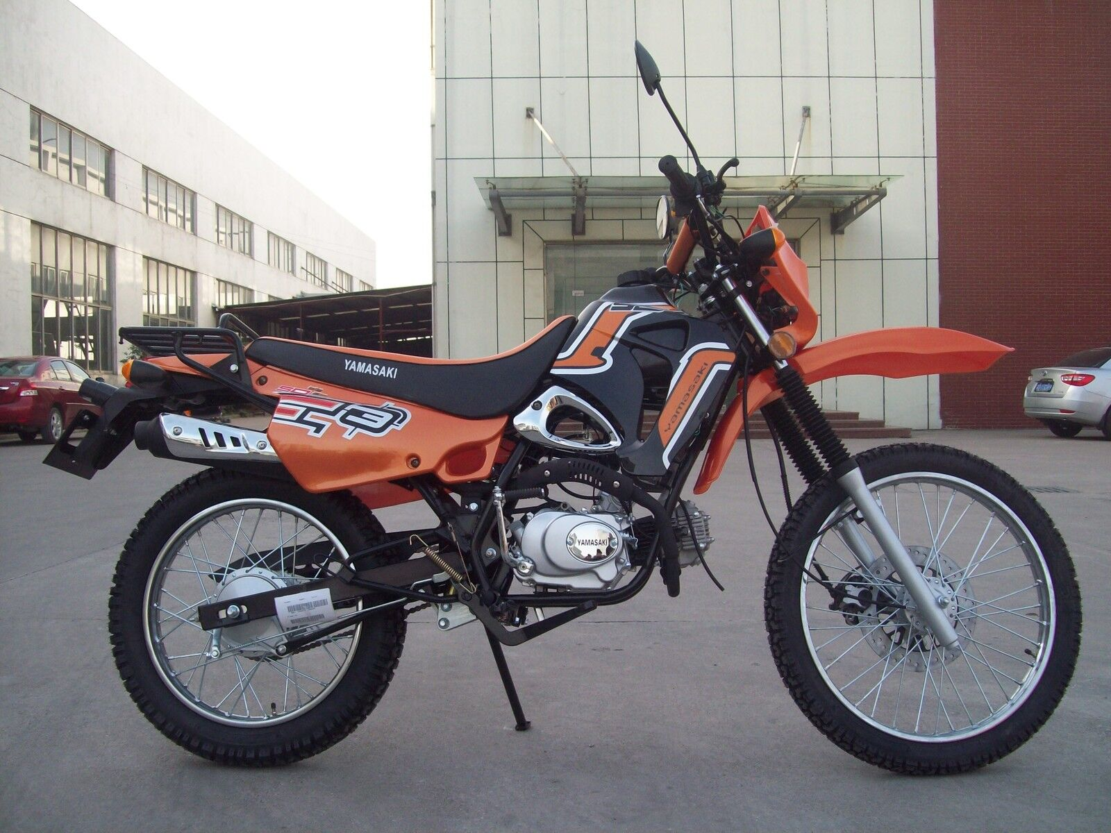 50ccm 4 takt enduro motorrad bike yamasaki ym50 gys 50 ccm moped roller neu ovp eur. Black Bedroom Furniture Sets. Home Design Ideas