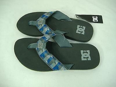 Mens 11 Dc Shoes Habit Gray Blue Plaid Surf Beach Sandals $25