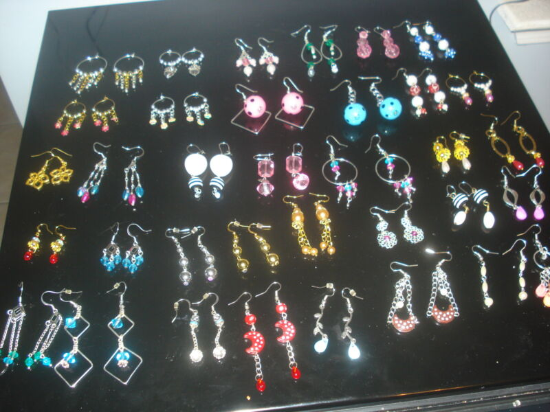 ((3)MODEL-3) LOT OF 5 PAIRS OF MIXED VARIETIES OF EARRINGS (USA SELLER)