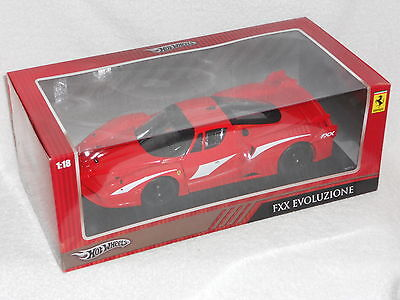 1/18 Hot Wheels Ferrari Fxx Evoluzione Red Window Box W/ Display Base Elt-t6918