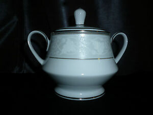 Legendary Noritake Clarenton Porcelain Sugar Bowl with Lid