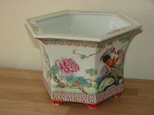 Superb-Large-Antique-Chinese-Polychrome-Courting-Peacocks-Design-Planter