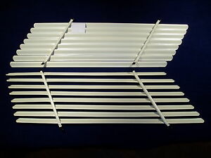 HOLDEN HD - HR WAGON SIDE VENETIAN BLINDS (PAIR)