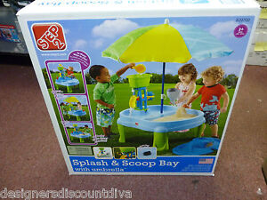 New Step2 Splash and Scoop Bay Sand and Water Play Table with Umbrella